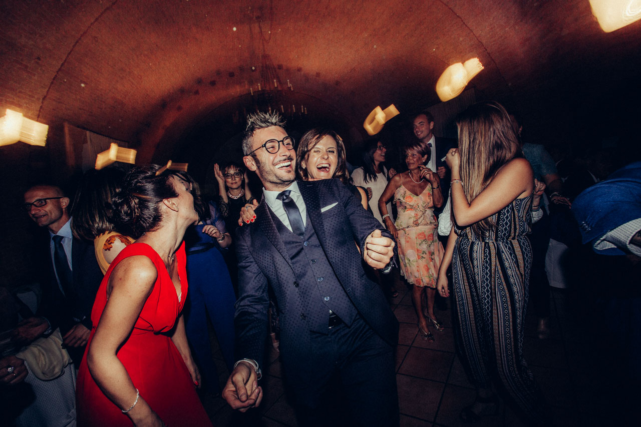 The central goal of the day was maximum fun. I would say that the beautiful wedding of Giovanna and Gianfranco has hit the target in full.